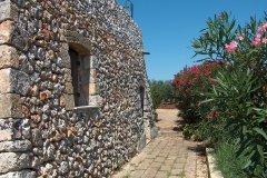 Tipica parete in pietra a secco
